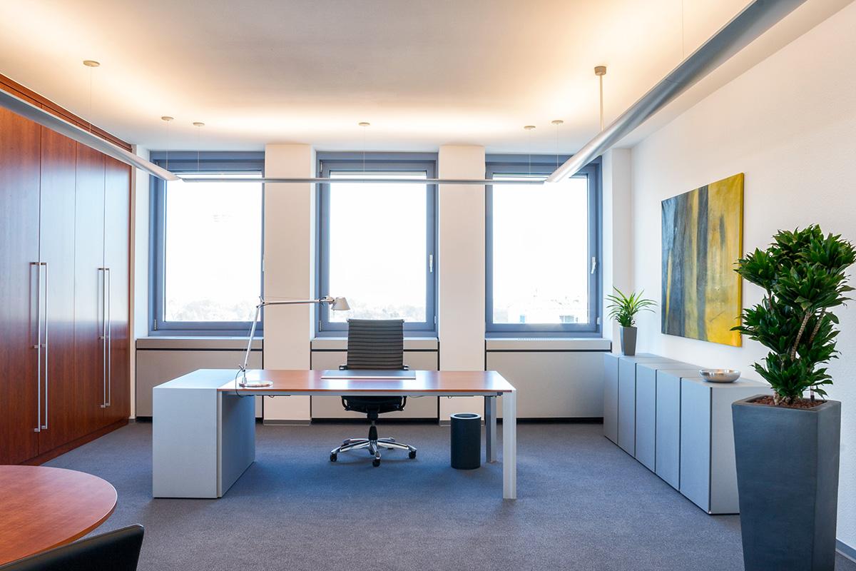 Raumplanung und Einrichtung Executive Büro
